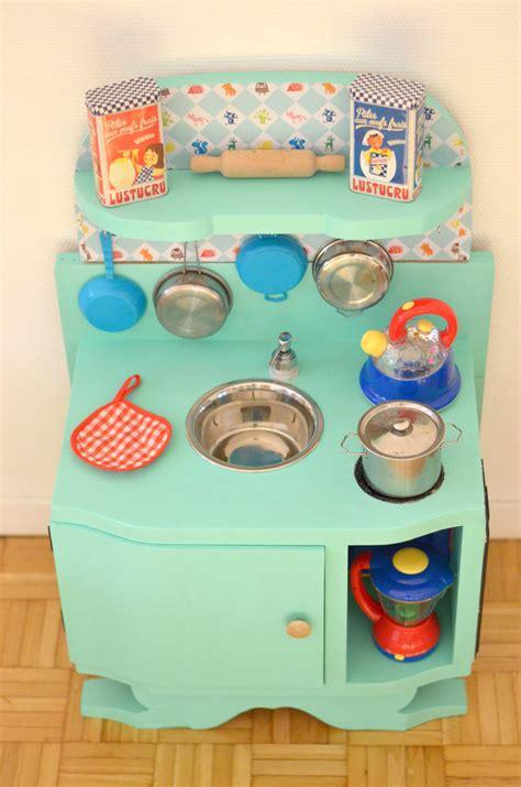 cuisine enfant fait maison diy une cuisine enfant en bois 224 fabriquer 224 partir de