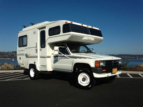 toyota motorhome 4x4 25 best ideas about toyota motorhome on lance