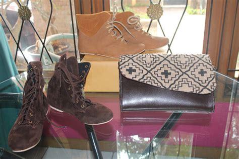 Sepatu Wanita Casual Formal Flat Pesta Keren Gaya Catenzoinc Murah 4 sepatu produk partner pesanan pada tanggal 27 juli 2014