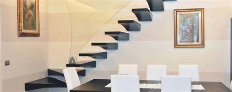 scale a sbalzo per interni italian fashion stairs scale a chiocciola e a giorno per