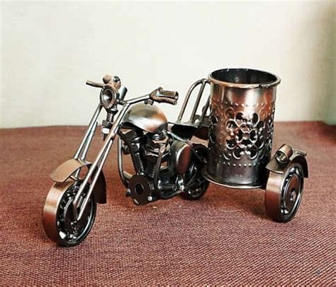 Car Holder Model Iron cast iron motorcycle pen holder feelgift