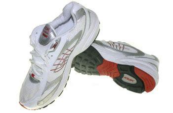 Harga Sepatu Reebok Hitam Putih sepatu running reebok premier putih merah