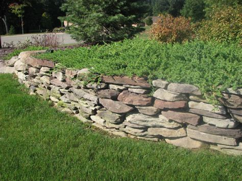 outdoor designs flat rocks for landscaping