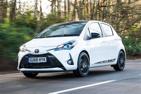 Toyota Yaris 2020 Uk by New Toyota Yaris Gr Sport 2019 Review Auto Express