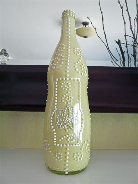 remodelaholic painting glass bottles recycled decor idea