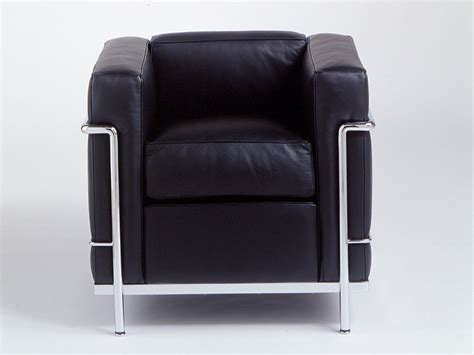 lc2 armchair buy the cassina lc2 armchair at nest co uk