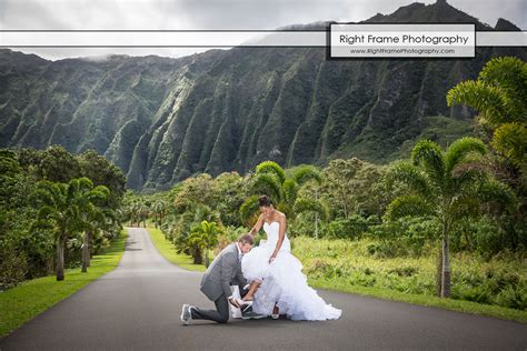 Ho Omaluhia Botanical Garden by Ho Omaluhia Botanical Garden Wedding By Right Frame