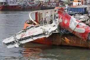 airasia crash indonesia retrieves last of crashed airasia flight qz8501