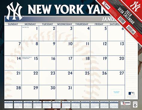 new yorker desk diary 2018 new york yankees 2018 mlb 22 x 17 desk calendar buy at