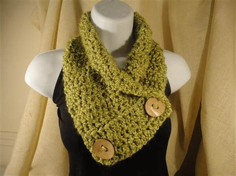 pattern crochet cowl neck scarf 9 cool crochet scarf patterns diy and crafts