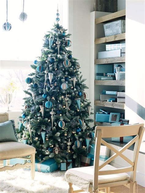 blue and silver tree ideas 30 traditional and tree d 233 cor ideas digsdigs