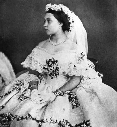 hochzeitskleid prinzessin victoria 1858 princess royal victoria s wedding dress grand