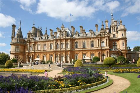 Interior Castle Summary File Waddesdon Jpg Wikimedia Commons