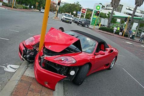 Hasta el 25% de los accidentes en auto se debe a celulares