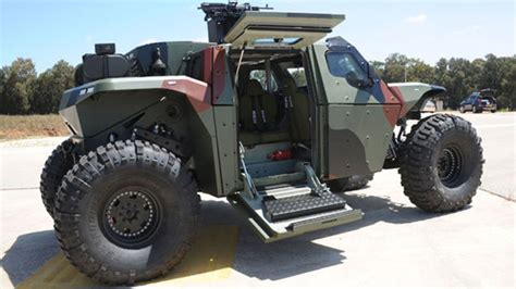 imi lavora con noi combatguard 4x4 combat armoured vehicle