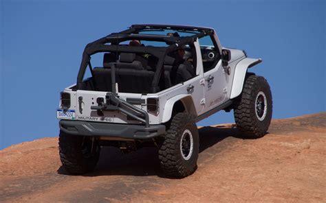jeep safari truck jeep goes navy at easter jeep safari 2013 truck trend