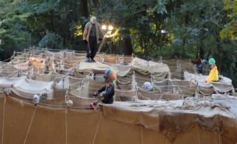 Free Haunted Backyard Maze In Ridgewood Bergen County Haunted Backyard Ideas