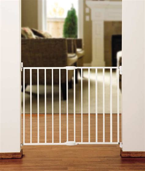 baby gates that swing open com munchkin extending metal gate white