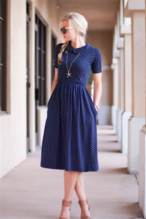 Dress Of The Day Thisbe Dress by The Day Date Dress Tutorial Apparel Bloglovin