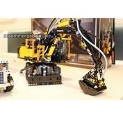 Toy Fair 2016 Lego Technic Volvo EW Video Presentation