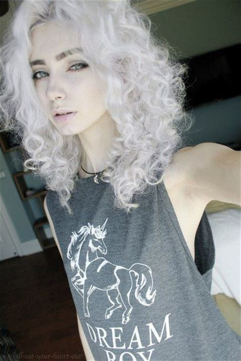 curly haircuts chicago 25 best ideas about dyed white hair on pinterest grey