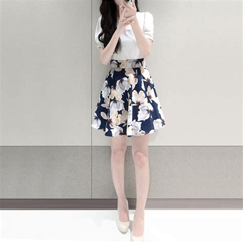Dress Wanita Flowers dress wanita big flower korean style dress size s white jakartanotebook