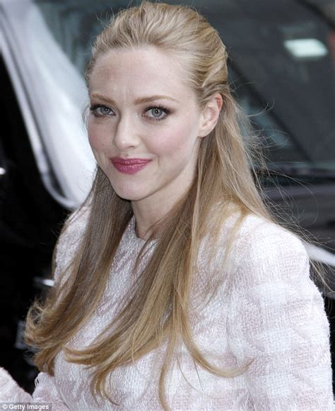 hollywood young actress film amanda seyfried on wage gap between male and female stars