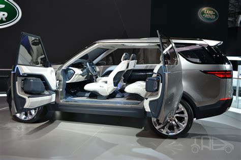 land rover discovery concept the new land rover discovery vision concept has a
