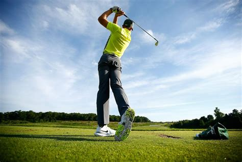 golf swing drills 3 balance and rhythm drills for your golf swing