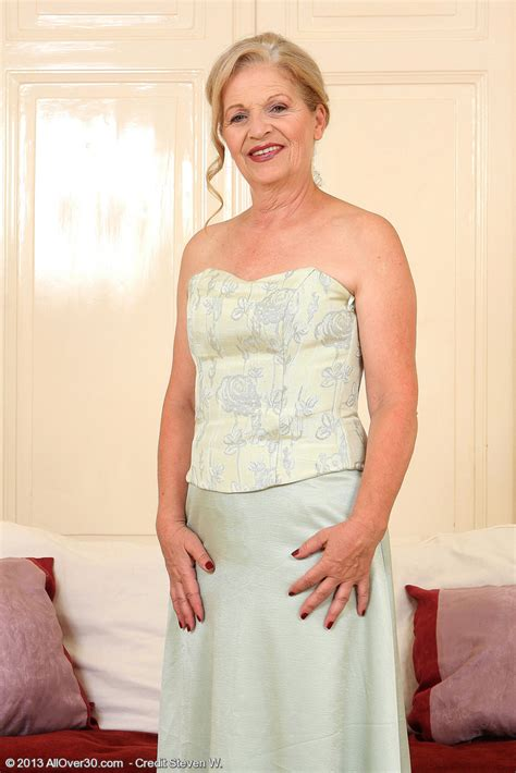 kamilla 65 year old allover30 movie elegant and hot 62 year old nelli from milfs30 strutting