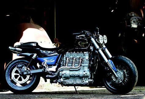 Motorrad Chromteile Lackieren by Winni Scheibe Pressemeldung Triumph Rocket Iii Extrem