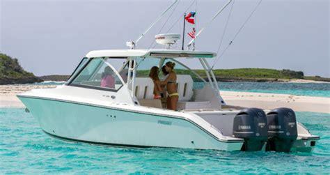 pursuit dc  power motoryacht