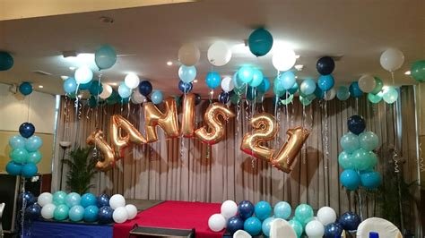 Birthday Decorations by Classic 21st Birthday Celebration At Republic Of Singapore Yacht Club