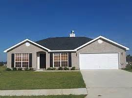 great 4 bedroom home in windrose subdivision with water view