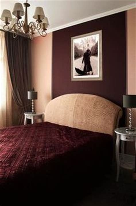 Burgundy Bedroom Decorating Ideas by Master Bedroom Burgundy Walls Like This A Home Of My