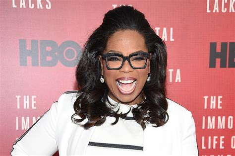 oprah biography facts 15 facts about oprah winfrey that will remind you she s a boss