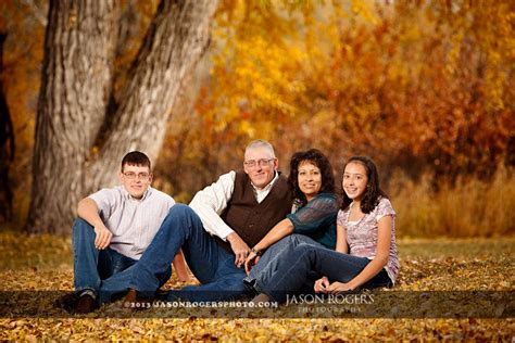 Outdoor Family Portraits by Fall Outdoor Family Photo Ideas Www Pixshark