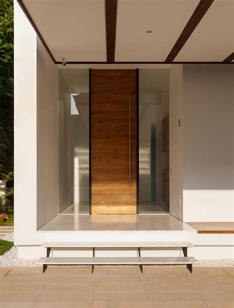 ingressi moderne 35 porte di ingresso moderne dal design unico mondodesign it