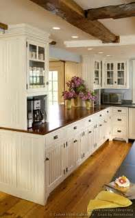 farmhouse style kitchen cabinets design ideas 28
