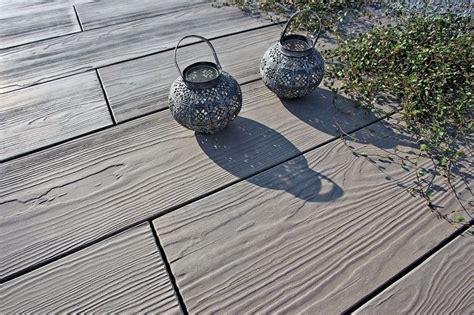 Terrasse Stein Holzoptik by Eine Feingliedrige Filigrane Holzoptik Macht Quot Timber Quot Zu