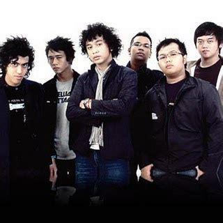 judul lagu di film laskar pelangi musik adalah kesenangan februari 2011