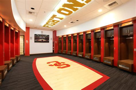 usc room ti usc galen center men s and women s locker room remodel