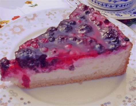 fruchtiger kuchen fruchtiger beeren vanille kuchen rezept mit bild