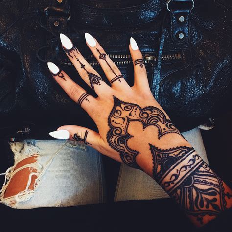 hand tattoo we heart it girl fashion and summer image on we heart it