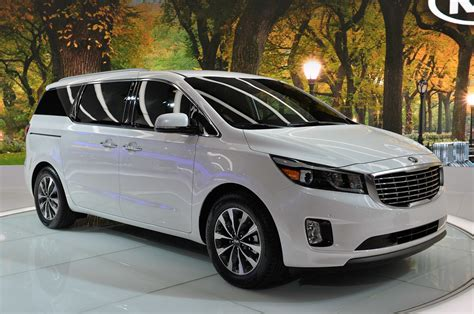 The New Kia Sedona 2015 Kia Sedona New York 2014 Photo Gallery Autoblog