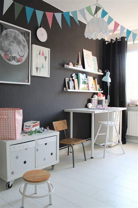 Wandfarben Kinderzimmer Junge by Ideen Und Tipps F 252 R Die Einrichtung Eines Kinderzimmers 2