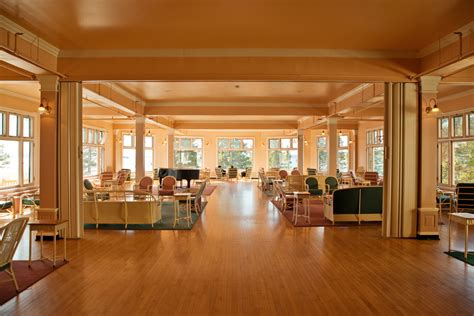 hotel dining room sun room lake yellowstone hotel solarium the