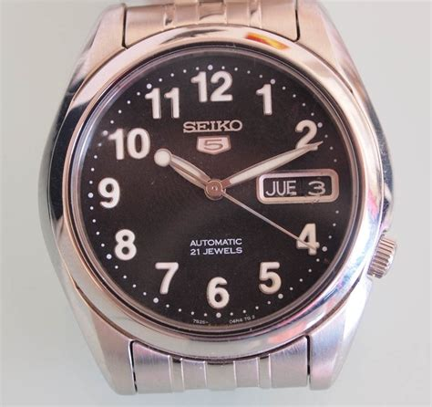 Seiko Automatic 7s26 fs seiko 7s26 01v0 modern automatic glass back black