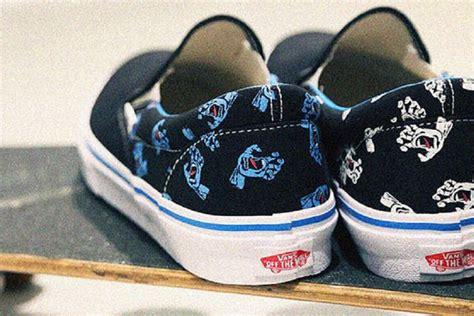 Sepatu Vans Slip On Santa Screaming santa x vans slip on images sneakers magazine