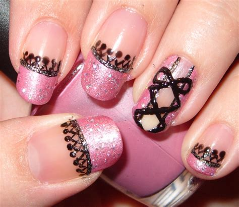 Pink Nail by Sharihearts Pink Black Corset Nail